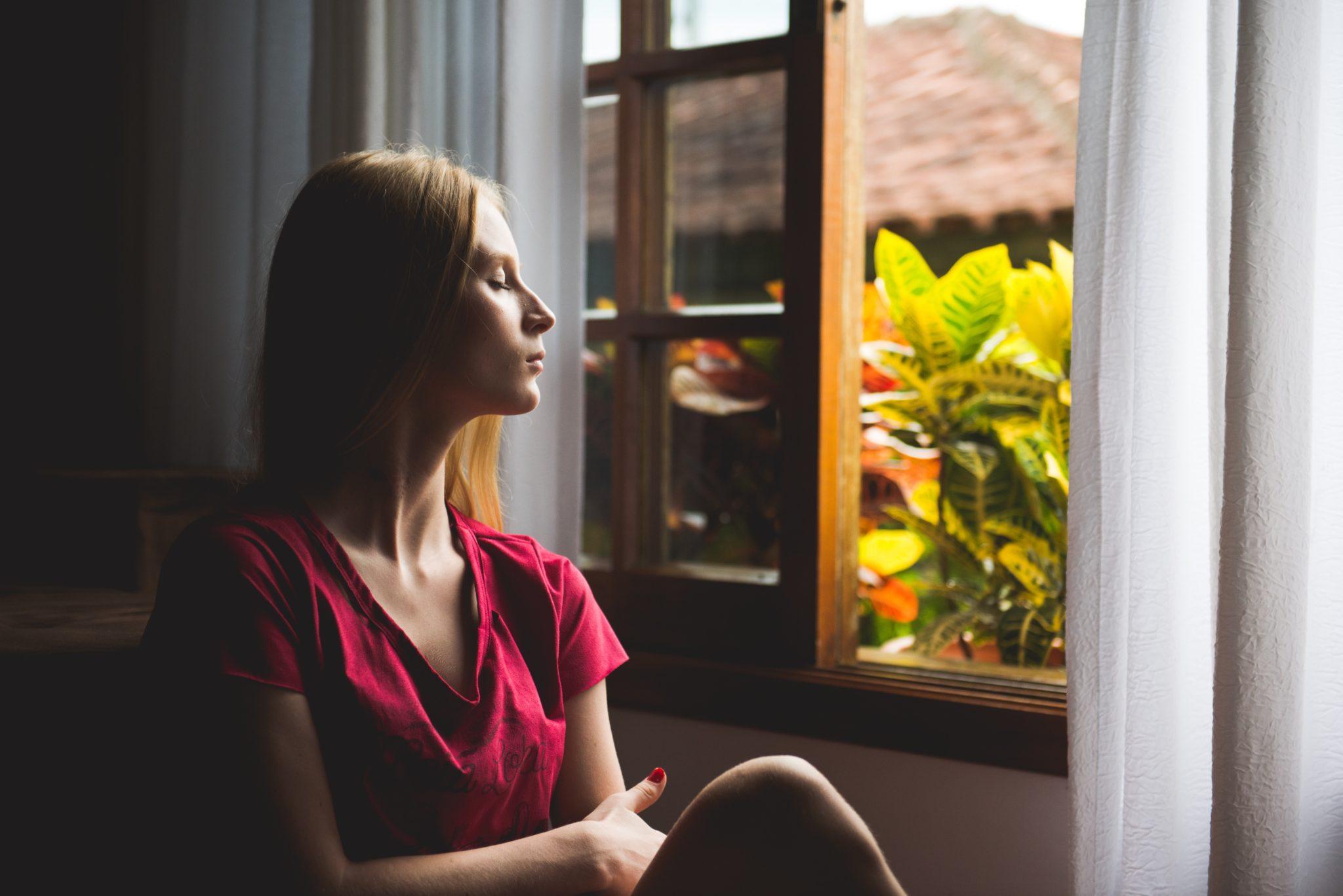Relaksacja: 4 najlepsze techniki i ćwiczenia relaksacyjne