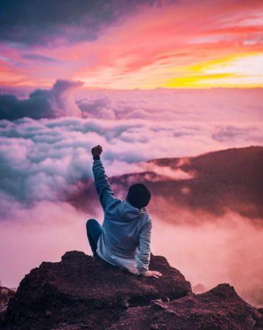 Niska samoocena – sprawdź swoją samoocenę i poznaj metody jej poprawy